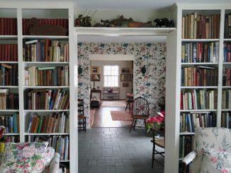 Kitaplı Bir Evde Büyümenin Ergen Gelişimine Etkileri
