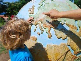 Çocuklarla Ekonomik Yurt Dışı Seyahatin İpuçları